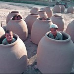 children-in-tandyr-pots