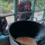 cooking-pot-and-children